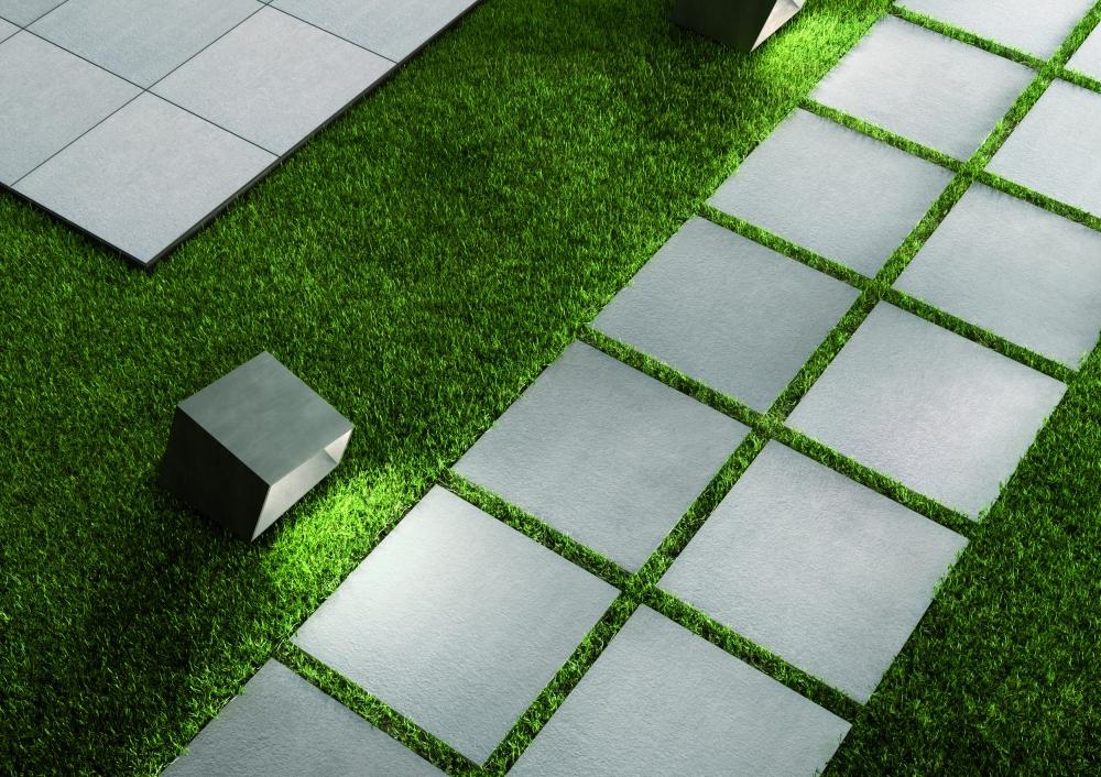 Lägga plattor på gräs - Marazzi Sistem N 20mm - Kakeldaxgruppen