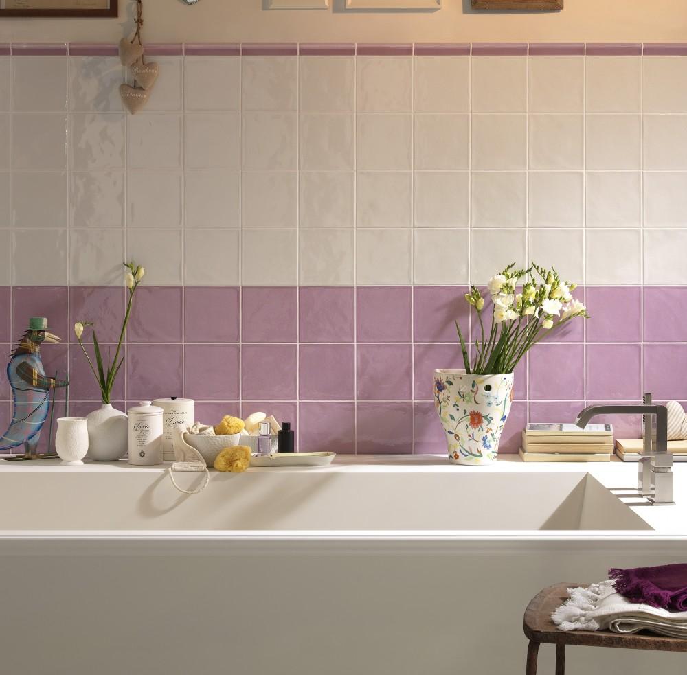 Kakeldaxgruppen-Krakle-köksmiljö med vitt och rosa